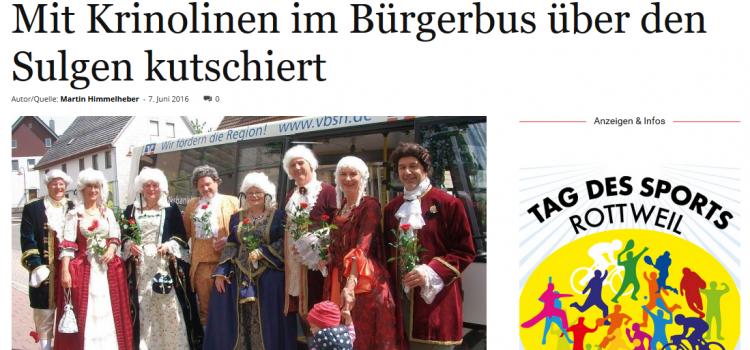 NRWZ Artikel: Mit Krinolinen im Bürgerbus über den Sulgen kutschiert